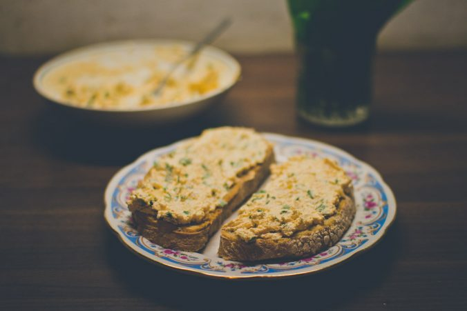 Chlebíky s tvarohovou pomazánkou