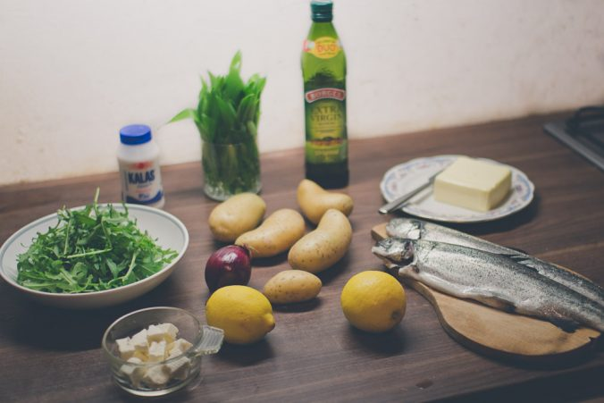 Ingrediencie k receptu na pečeného pstruha