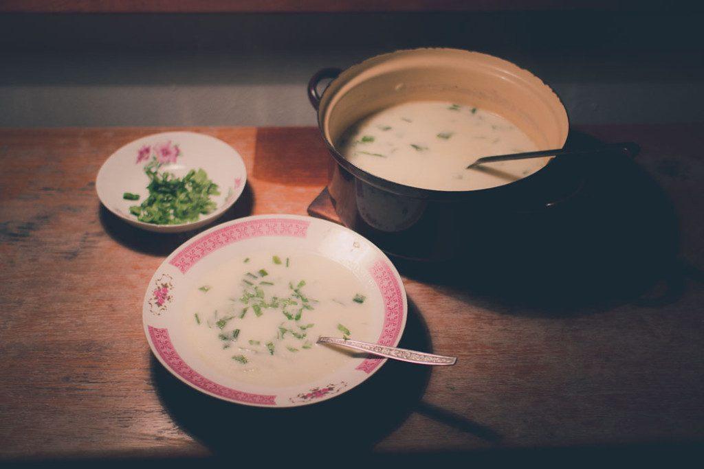Recept na krémovú polievku s medvedím cesnakom